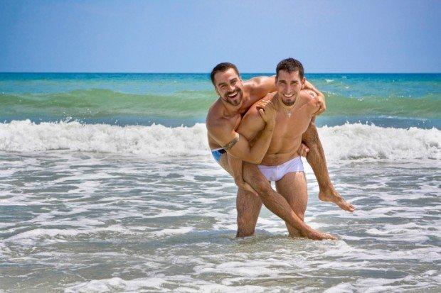 incontri gay puglia Napoli