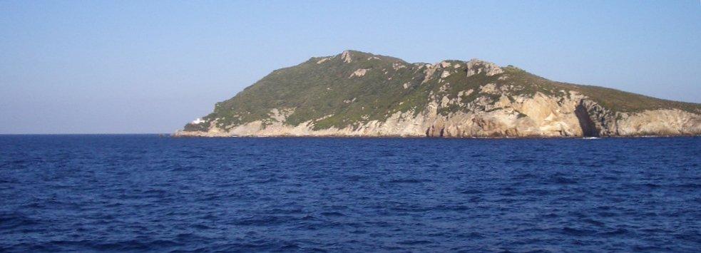 Isola di Zannone: tra trekking e spiagge