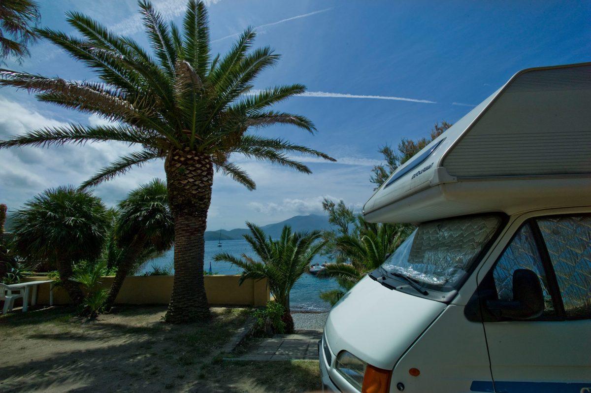 Camping in riva al mare: Liguria e Toscana